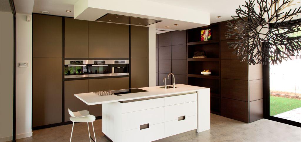 Hoogglans Keuken Krassen : Moderne Keuken Een Moderne Keuken Strak Hoogglans H35 Prijs 12386