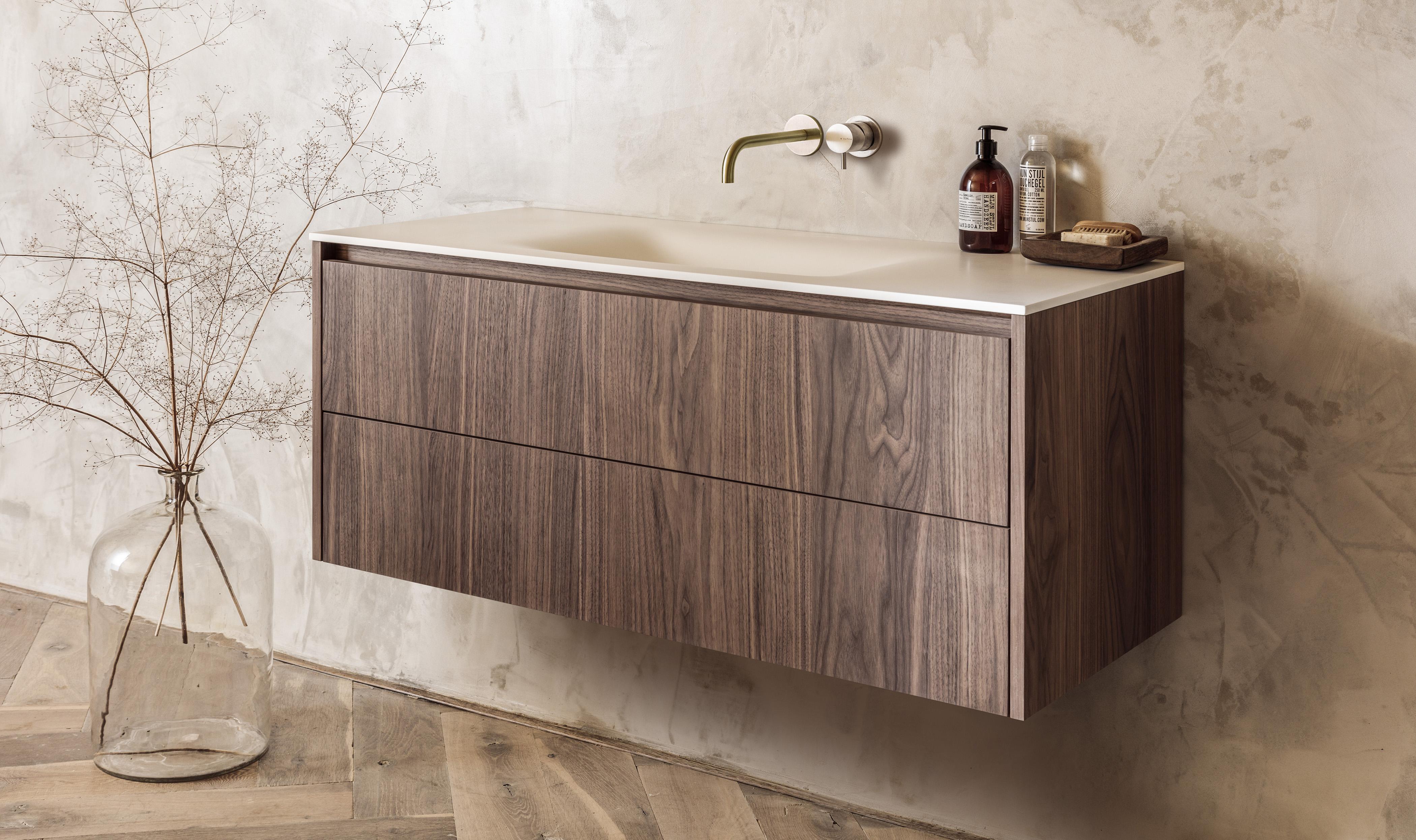 Design maatwerk badkamermeubels B Dutch Cuijk Solid Surface