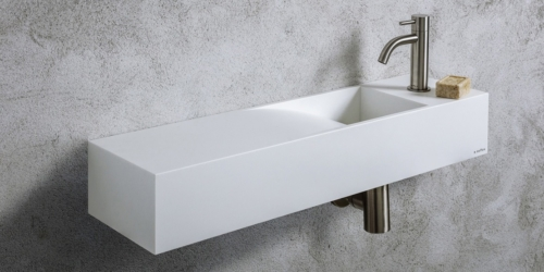 Mat witte toiletfontein Waterfall B DUTCH. Een Solid Surface Corian toiletfontein, wastafel wc, wastafeltje toilet. Toiletfonteinen uit de B DUTCH collectie Corian design toilet fonteinen. B DUTCH kent diverse series design Corian toiletfonteinen: fontein, toilet fonteintje, wc fonteintje, toilet fontein, wc fontein, wasbak toilet, wastafel toilet, wasbak wc. Topkwaliteit Corian die niet vergeelt! Ook maatwerk mogelijk.