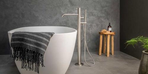 Vrijstaande badkraan, bad mengkraan. B DUTCH design RVS vrijstaande badmengkraan