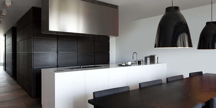 Keukens van B Dutch: luxe keukens, exclusieve keukens en italiaanse keukens. B Dutch design keukens. Op maat gemaakt van topkwaliteit materiaal, perfect afgewerkt.