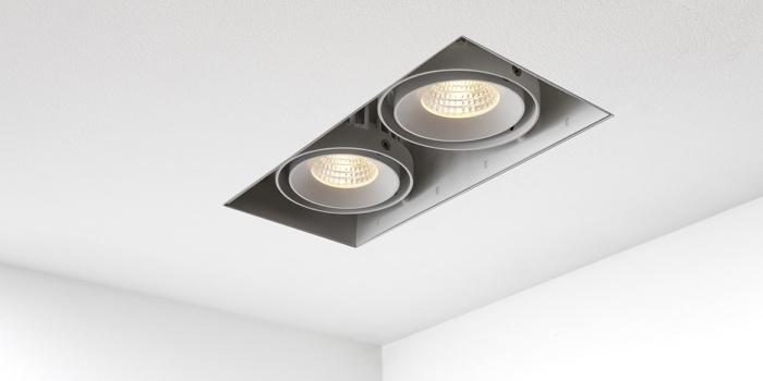 https://www.bdutch.nl/wp-content/uploads/2018/06/Trimless-spots-inbouwspots-led-badkamerverlichting-badkamer-keuken-spot-zwart-wit-B-DUTCH-BD-Double-Square-LW_137-1.k-700x350.jpg