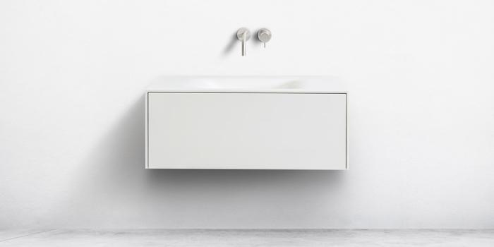 B DUTCH badkamermeubels, wastafels, toiletfonteinen, B DUTCH is een producent van hoogwaardige keukens en badkamers incl maatwerk direct af-fabriek.