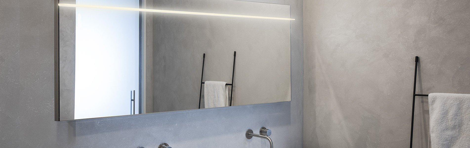 Webshop B DUTCH badkamer spiegels en spiegelkasten.