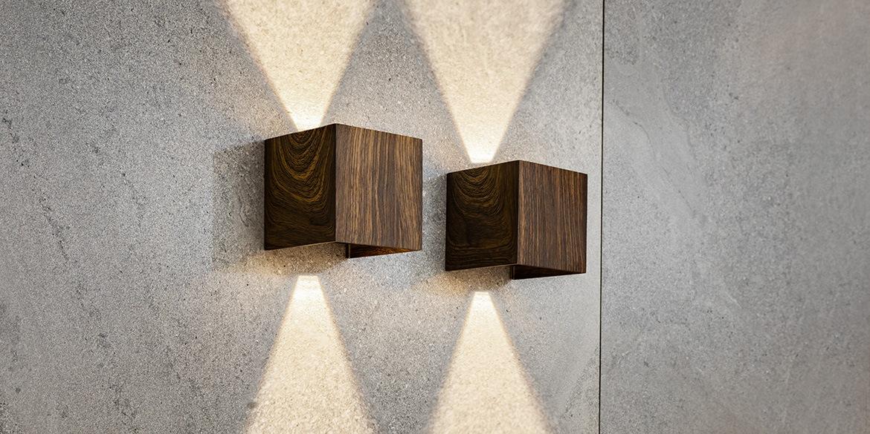 B DUTCH wandspot UPDOWN, moderne muurspot van hout