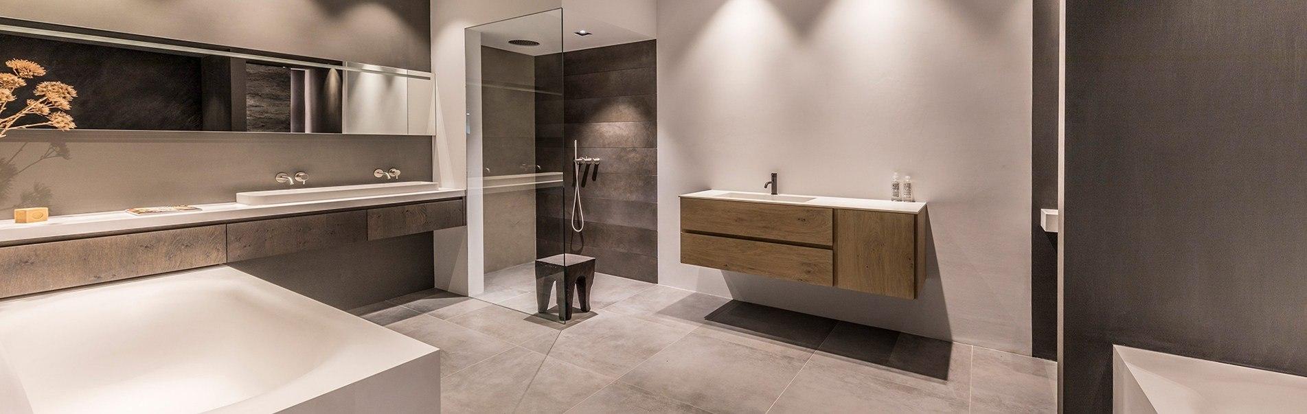 Badkamer inspiratie bij B DUTCH. Laat onze ontwerpers meedenken met uw badkamer ideeën en badkamer ontwerpen.