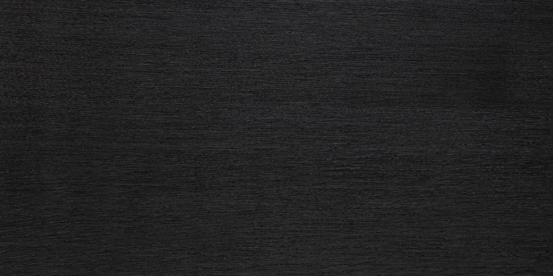 Eiken hout smoked zwart geolied. De meubelen van B DUTCH, zoals de badmeubelen, kasten e.d. kunnen worden gemaakt van diverse houtsoorten.
