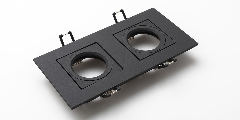 Dubbele inbouwspots mat zwart LED inbouwspots, twee naast elkaar. Rechthoekige inbouw spots. B DUTCH The Essential LED spots collectie. Diverse maten, mat zwarte spots, mat witte spots en geborsteld aluminium LED spots voor GU10, MR16 en Philips Hue GU10 lichtbronnen.