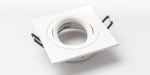 Spotjes, inbouwspots vierkant 92mm mat wit, LED, verstelbaar, kantelbaar, uit de B DUTCH The Essentials plafondspots collectie. Diverse maten, mat zwarte spots, mat witte spots en geborsteld aluminium LED spots voor GU10, MR16 en Philips Hue GU10 lichtbronnen.