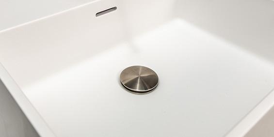 Corian wastafel, Solid Surface Corian wastafel. B DUTCH design Corian wastafels, ook maatwerk. Rechtstreeks af-fabriek kopen bij Corian verwerker B DUTCH.