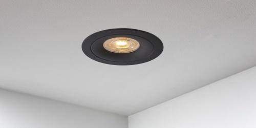 Spotjes, inbouwspots rond 92mm mat zwart LED, uit de B DUTCH The Essentials plafondspots collectie. Diverse maten, mat zwarte spots, mat witte spots en geborsteld aluminium LED spots voor GU10, MR16 en Philips Hue GU10 lichtbronnen.