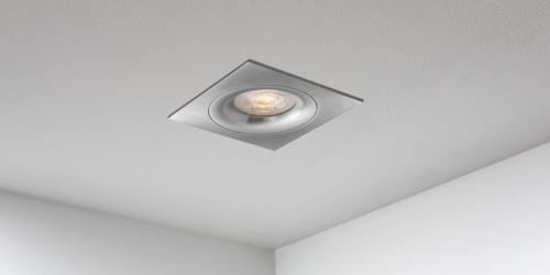Spotjes, inbouwspots vierkant 92mm aluminium LED, uit de B DUTCH The Essentials plafondspots collectie. Diverse maten, mat zwarte spots, mat witte spots en geborsteld aluminium LED spots voor GU10, MR16 en Philips Hue GU10 lichtbronnen.
