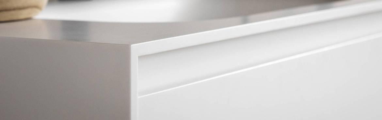 Topkwaliteit Corian Solid Surface vergeelt niet! Corian keukens op maat gemaakt door B DUTCH. Tijdloze design keukens van Corian.