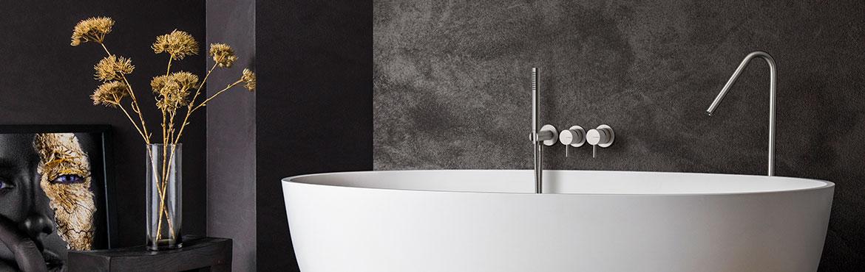 Vrijstaand bad, vrijstaand ligbad van Corian. B DUTCH heeft een eigentijdse collectie design ligbaden. Strak, modern, van Solid Surface Corian en B-Solid. Mat witte ligbaden. Grote collectie ligbaden. Alle ligbaden kunnen op maat worden gemaakt. De B Dutch collectie kent vele afmetingen en modellen baden.