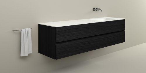 Badkamermeubel B DUTCH Bari 200 cm breed, eiken hout fineer. Wastafelmeubel met B DUTCH Solid Surface Corian wastafel.